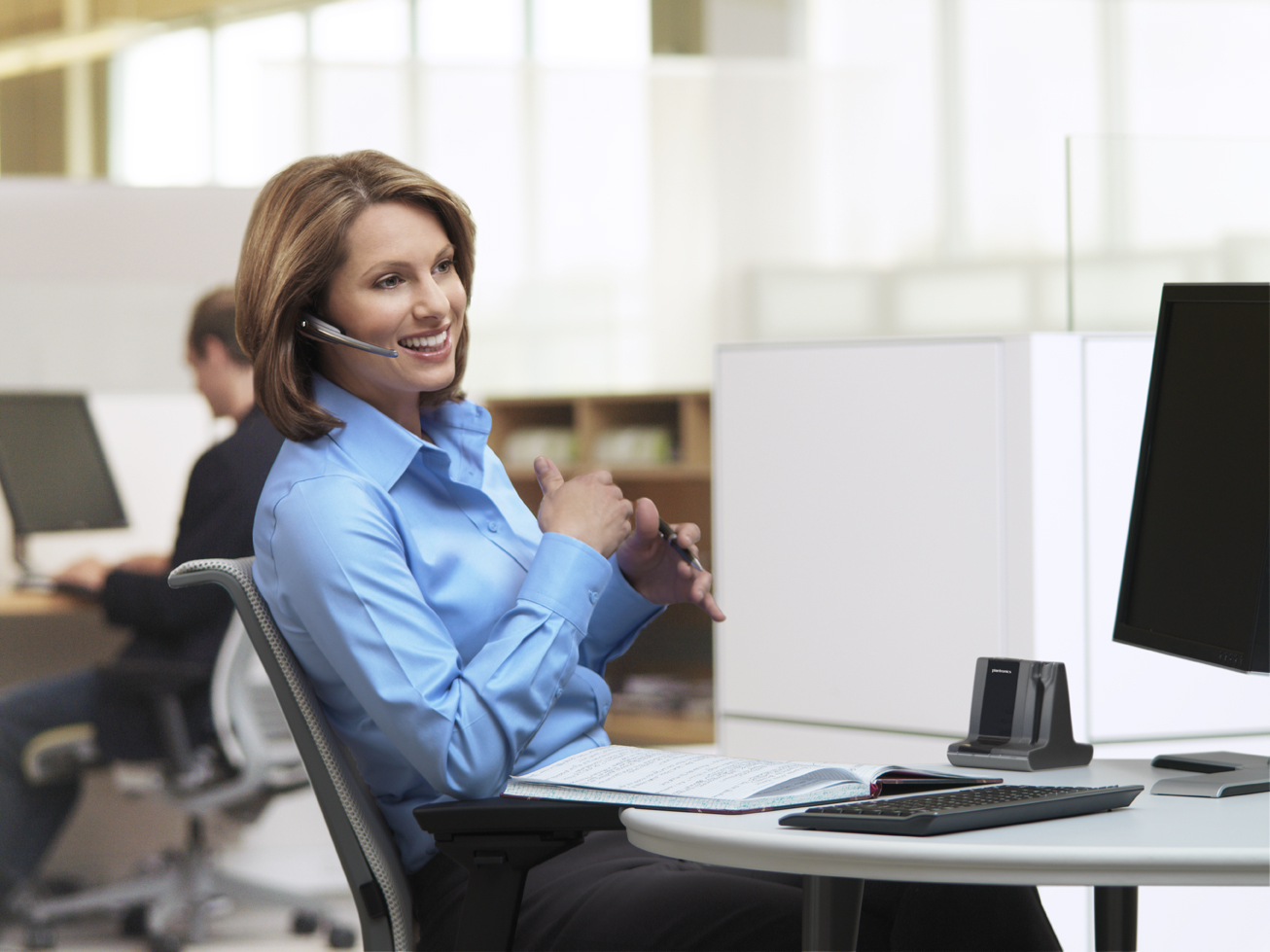 How To Choose The Right Headsets For Your Office?