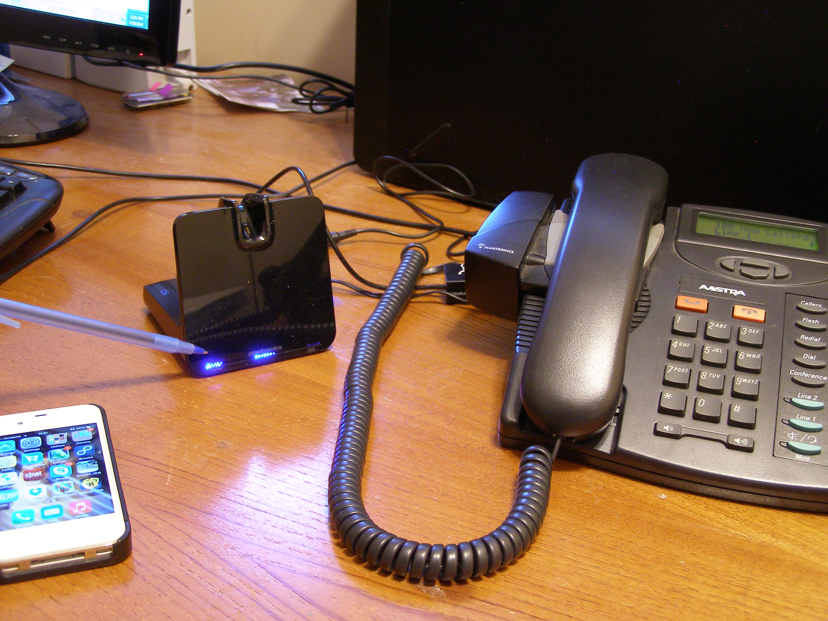 Managing Calls With Your Voyager Legend Cs Comfortcanada S Blog